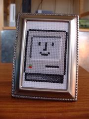 happy macのクロスステッチ
