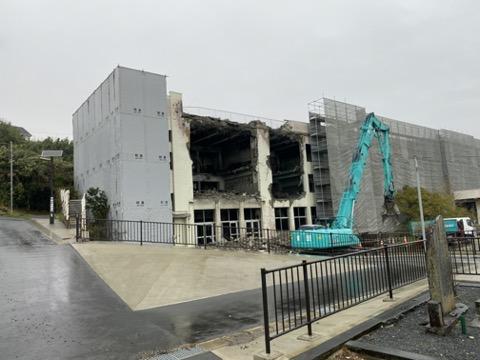 門脇小学校の破戒工事